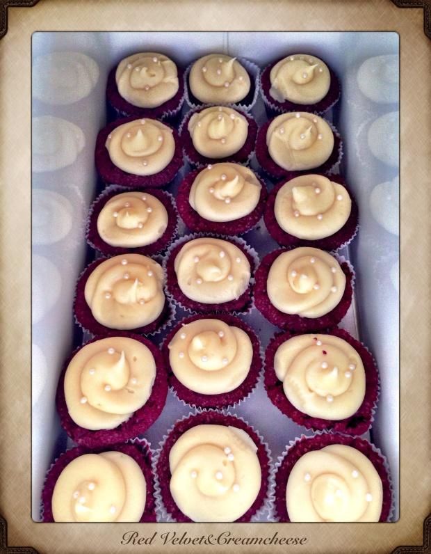Red velvet & creamcheese cupcakes