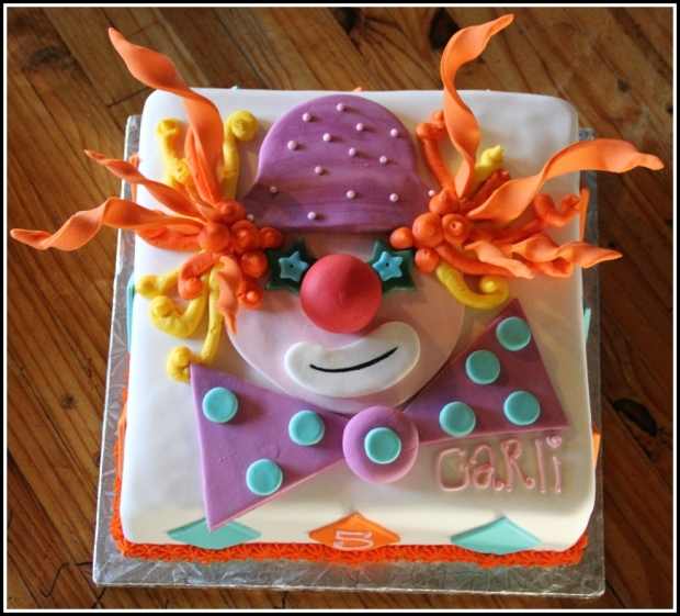 Crazy Clown cake with Rainbow Layers 2