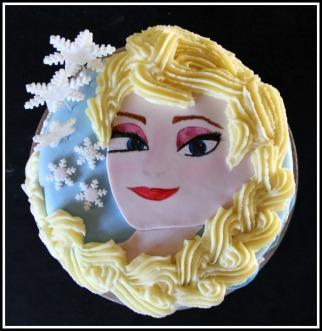 Frozen cake - Elsa 3