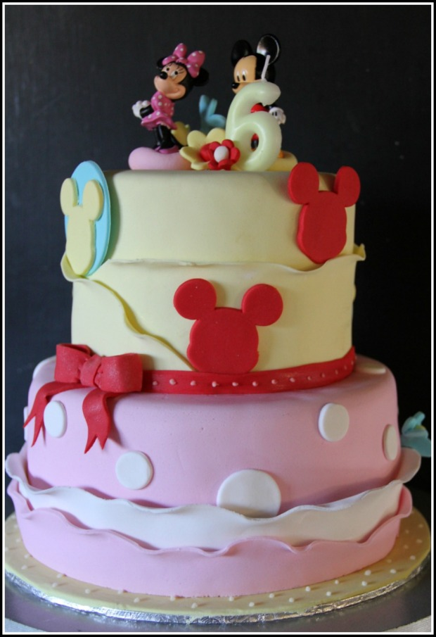Minnie & Mickey Mouse Cake